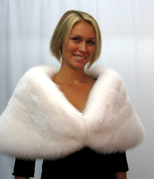 2 Tier / Wide White Fox Wedding Stole / For rental:  Perfect For The Bride To Be