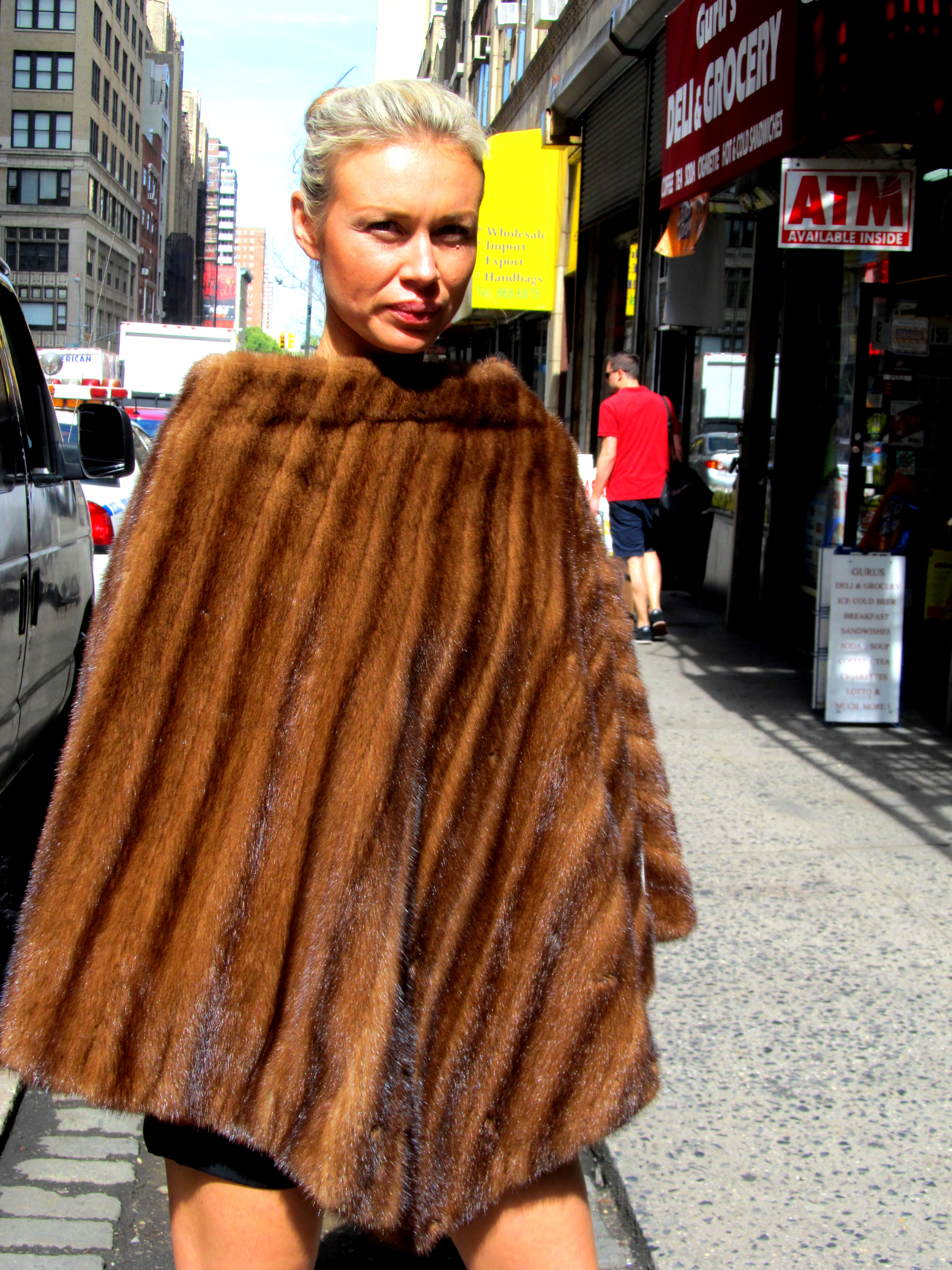 Pre-Owned Natural Demi Buff Mink Poncho (size: 6 - 12)