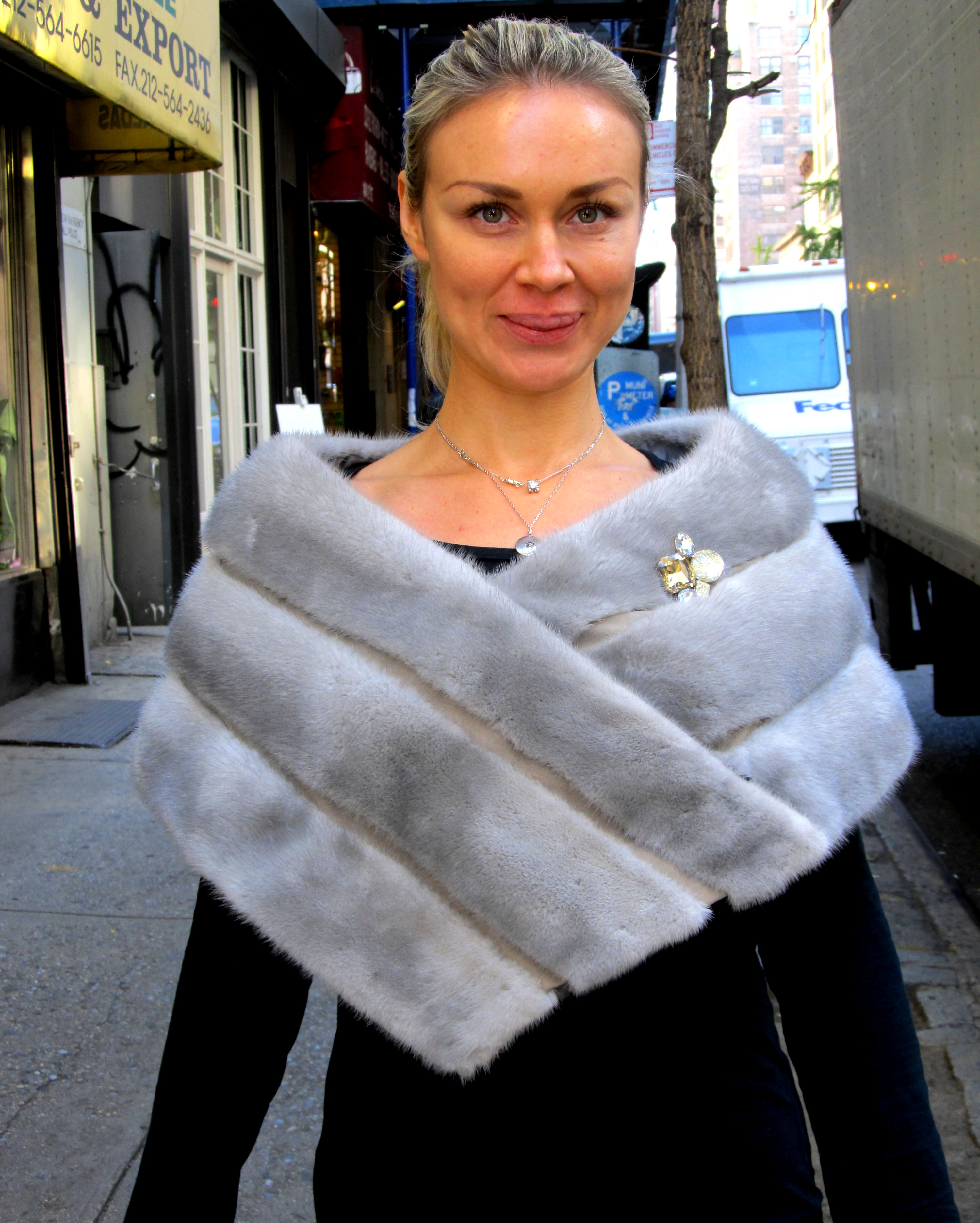 New Natural Sapphire Mink Stole ( size: 4 - 10) - Madison ...