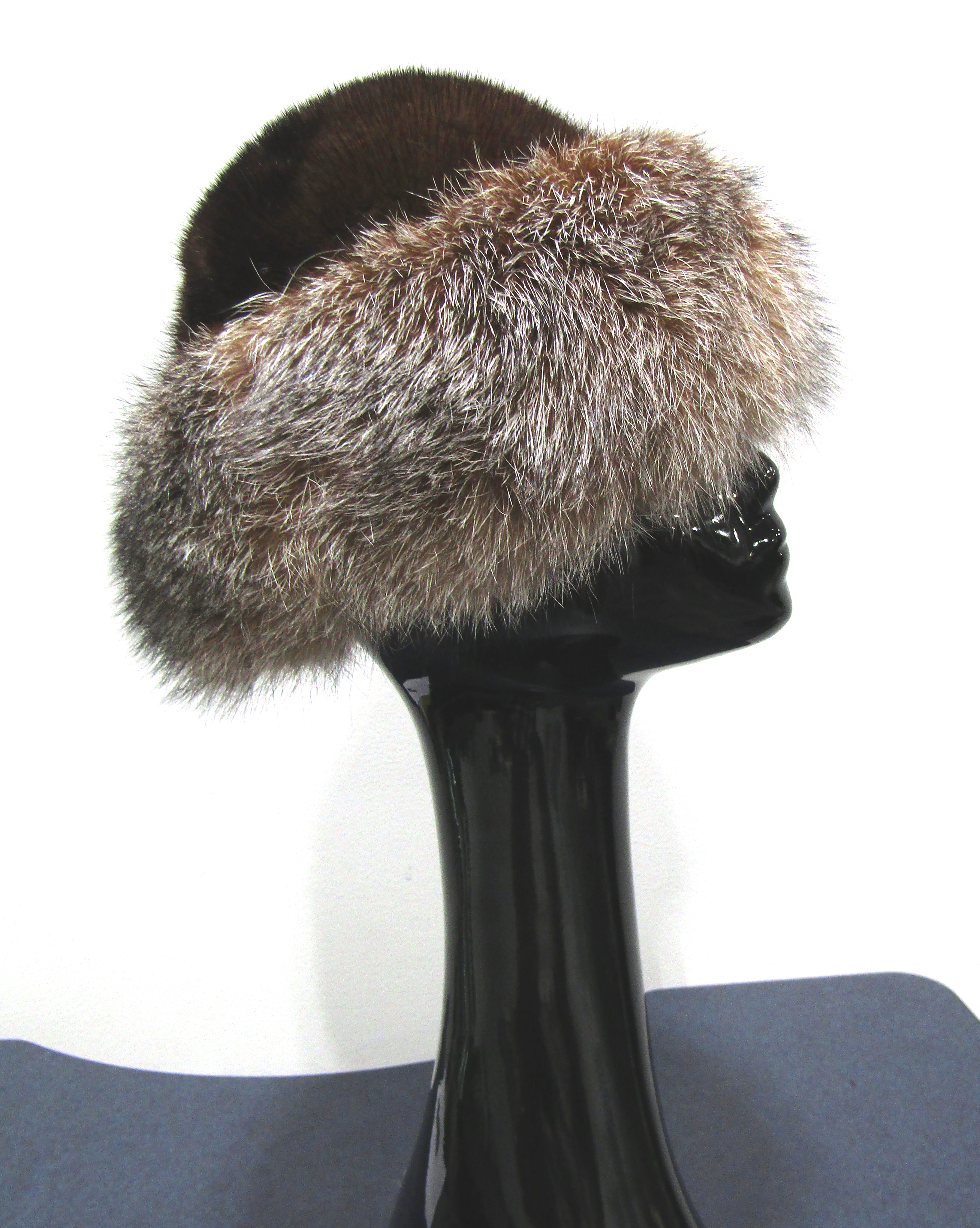 d4bebf13a8c Home - Madison Avenue Furs   Henry Cowit