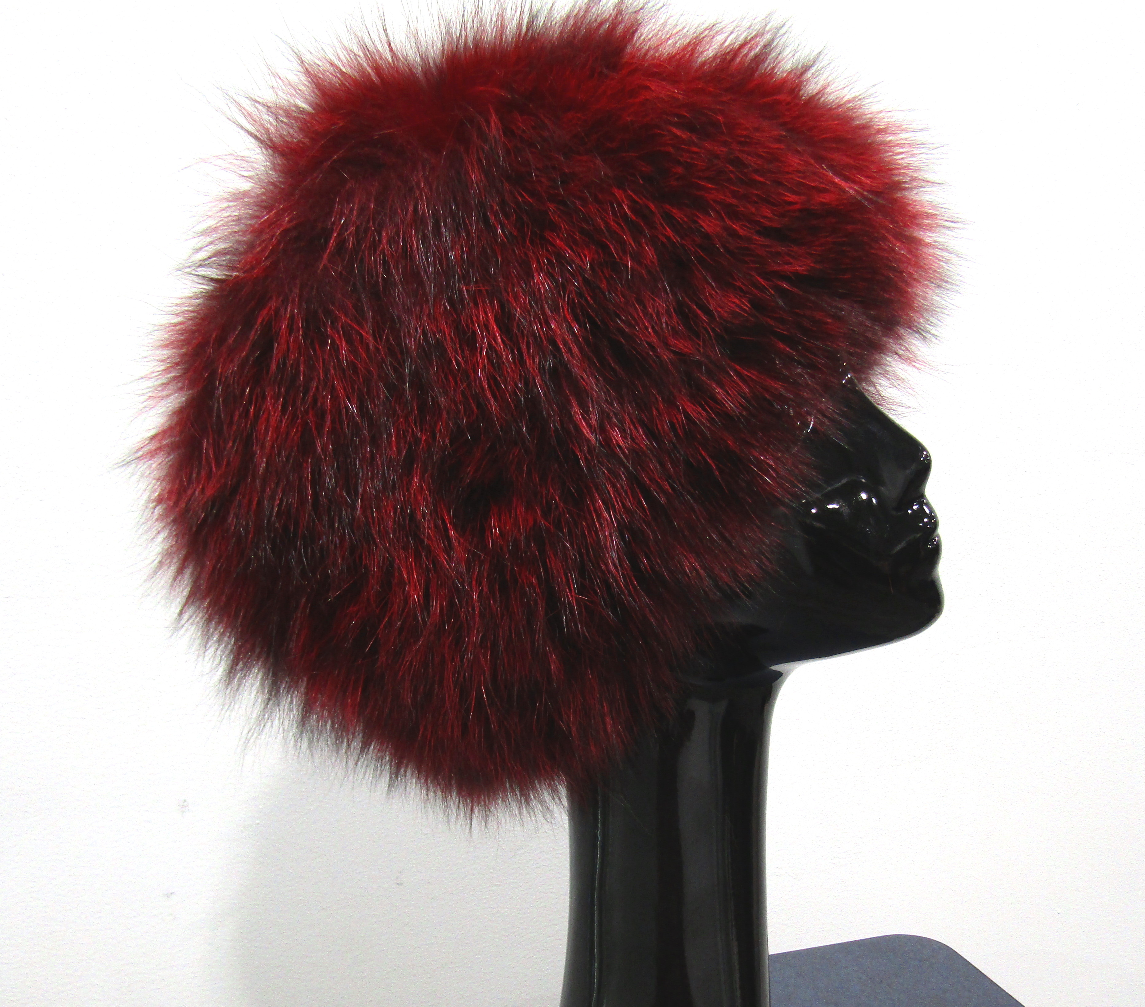 New Burgundy Dyed Knitted Silver Fox Bucket Hat