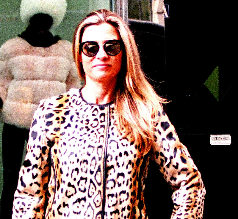New Leopard Stencilled Kid Skin Stroller (size: Med)